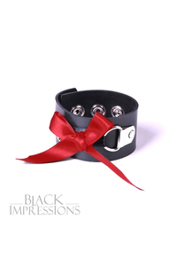 Rubber Bow Bangle - Latex-Armband mit roter Schleife