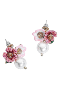 Cute Flower Pearl Earstuds